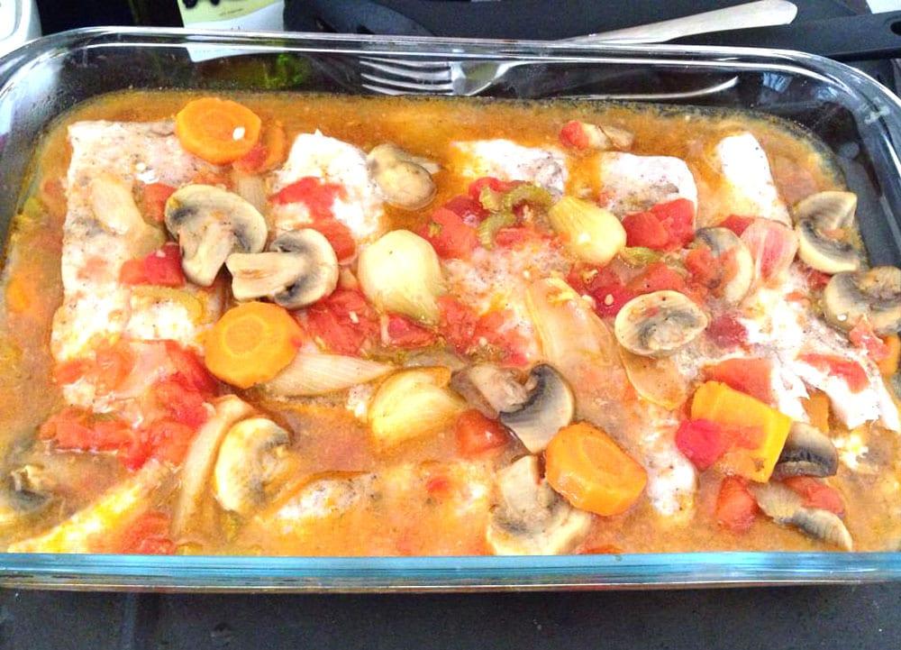 Filete de pescado al horno con verduras recetas mexicanas for Como cocinar pescado