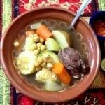 caldo de res con verduras