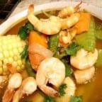 caldo de camarones con verduras