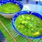 salsa verde con aguacate
