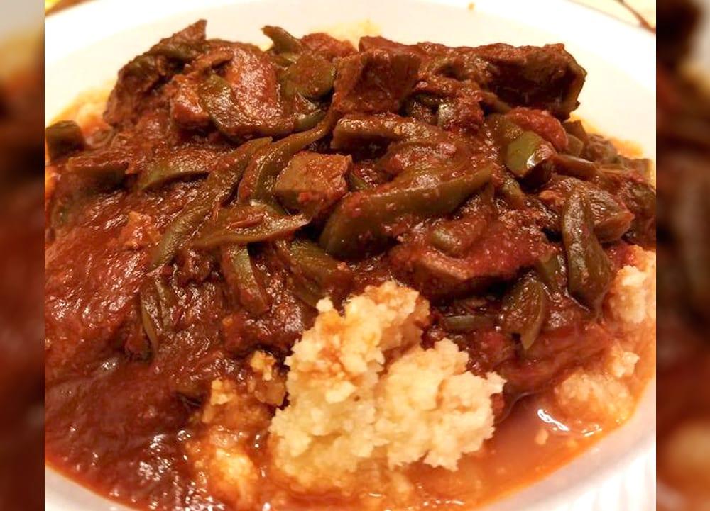 Receta de carne en chile rojo