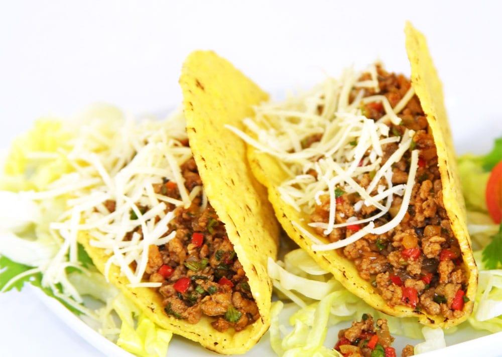 Tacos preparados con picadillo de res