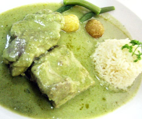 costillas en salsa verde
