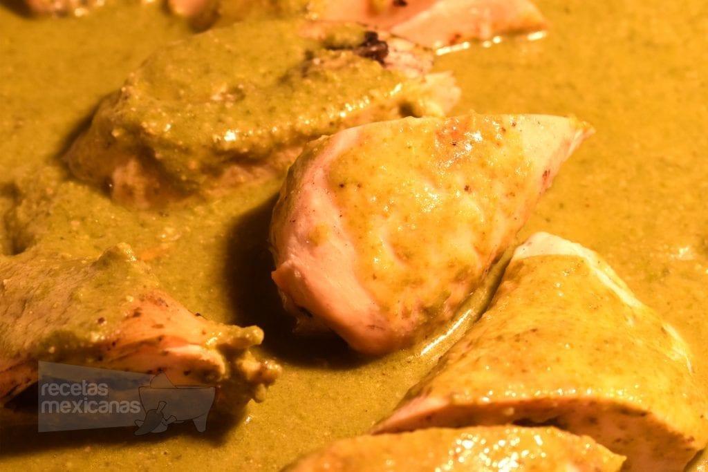 pollo mole verde