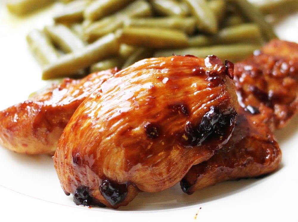 Preparando el pollo enchilado