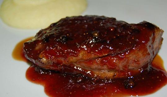 pechugas de pollo en salsa de fresa