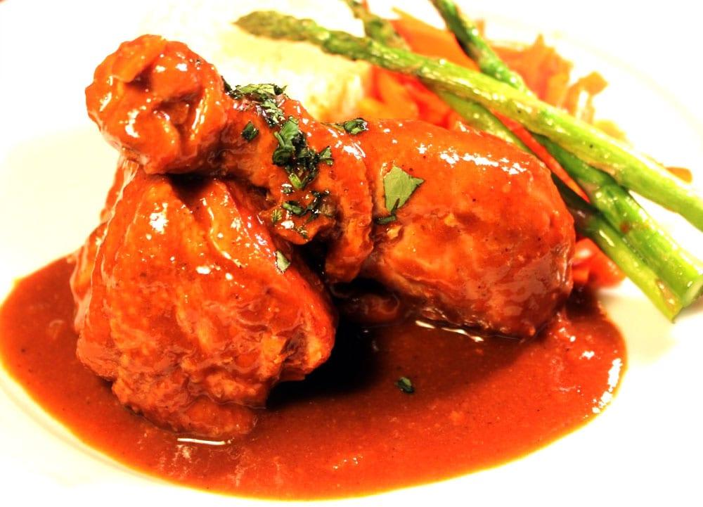 pollo en chile ancho