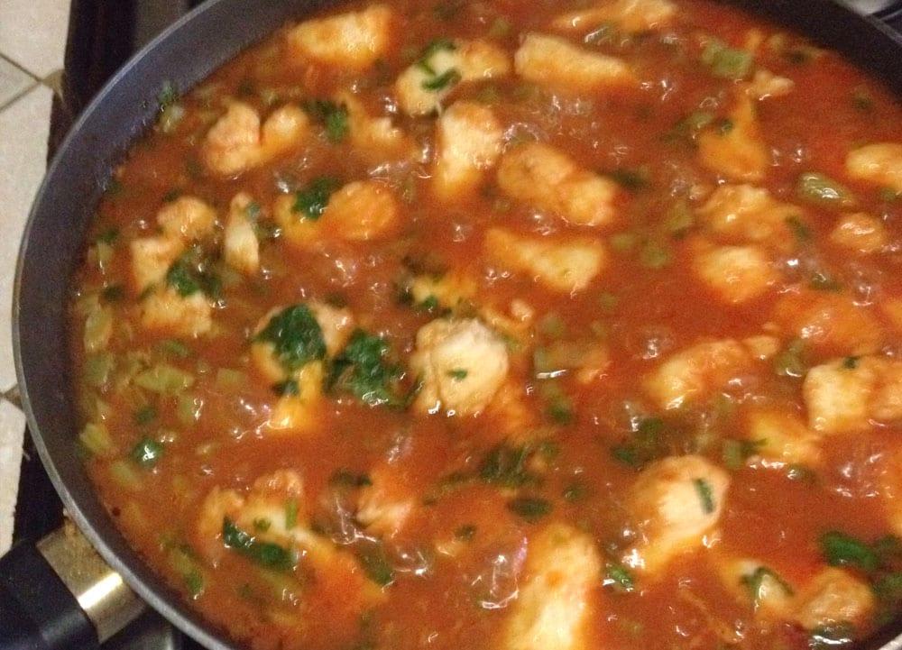 Receta de pescado en chile colorado