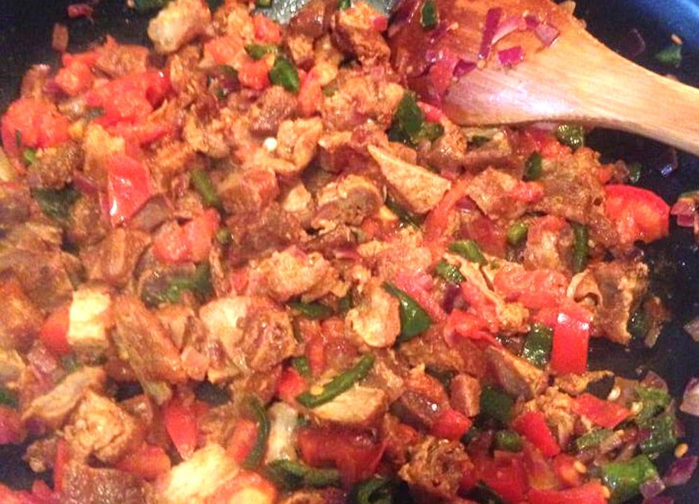 chicharrones con verduras