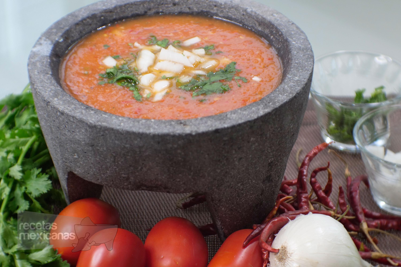 Receta de salsa de tomate con chile de árbol